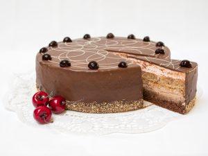 Aufgeschnittene Amarena-Kirsch Torte