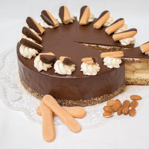 aufgeschnittene Strudengauer Torte