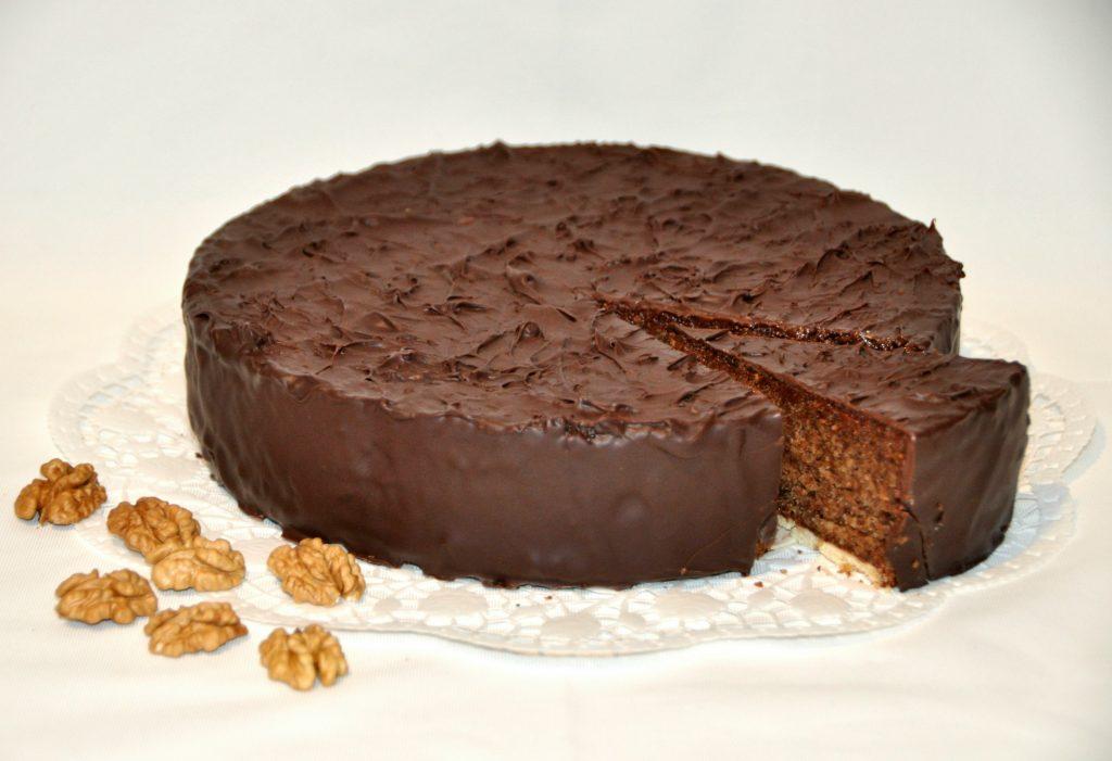 Perger Torte mit Schokoglasur