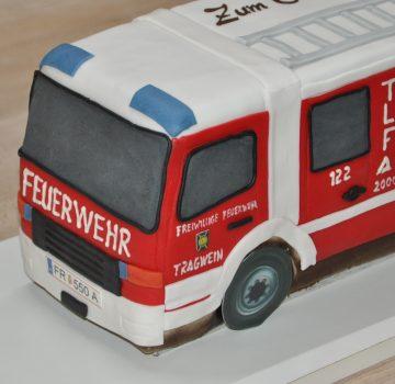 Feuerwehrauto als Geburtstagstorte
